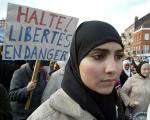 France considers banning religious symbols in universities