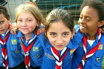 Girl Guides stand firm over Promise despite condemnation from reactionary Christians