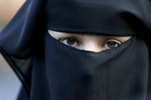 91% of barristers would insist witnesses remove face veil while giving evidence
