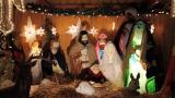 Secular Americans not alone in doubting Christmas story